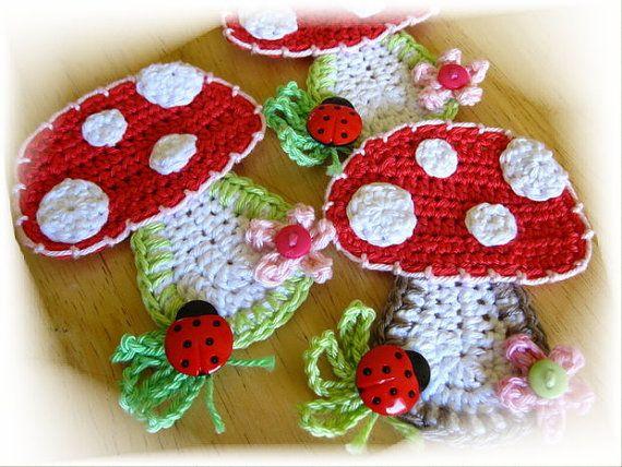 Crochet PATTERN Applique Mushroom by NellagoldsShop on Etsy