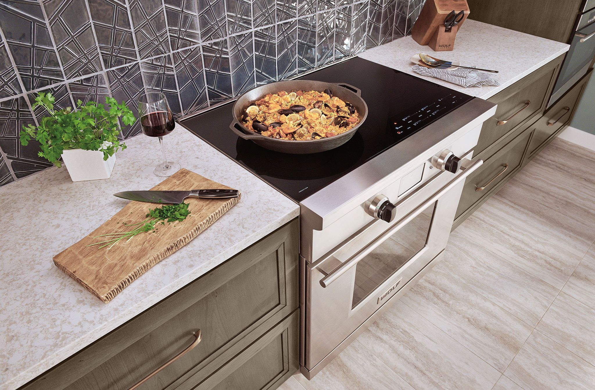 Modified Shaker Style Cabinet Maybe What We Want New Wolf 36 Inch Induction Range Induction Range Induction Cooktop Stove With Griddle
