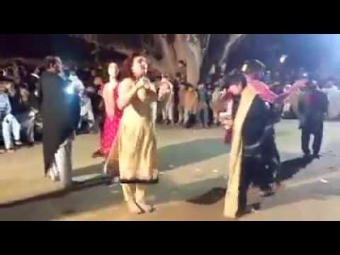 Miss Mardan Parivate Pashto Sexy Hot Mujra 24 12 2016