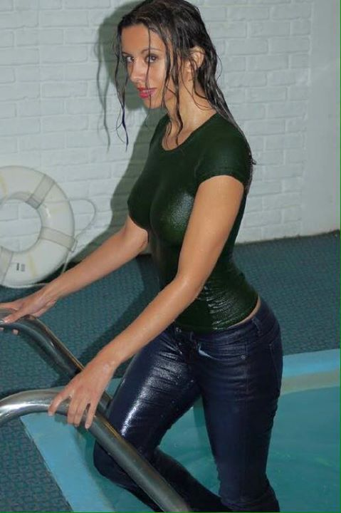 Wetlook girl asian