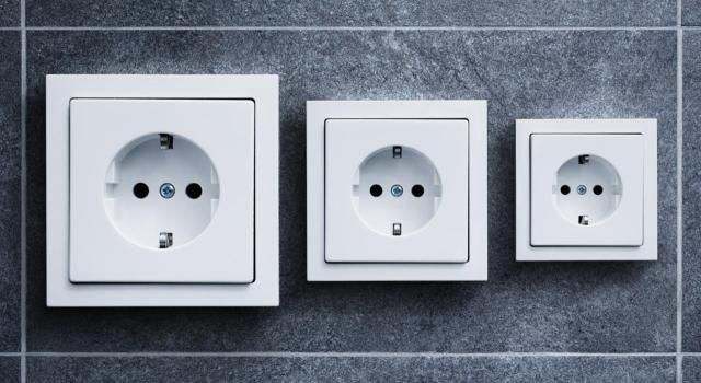 The Type Of Electrical Outlet Used In Iceland Iceland Electrical Outlets Electric Converter