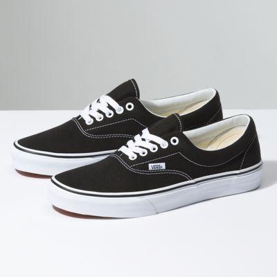 12 Oz Canvas Authentic Shop Classic Shoes At Vans In 2020 Classic Shoes Vans Best Shoes For Men