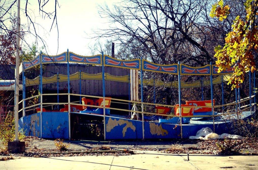 Pin by linda geisenhaver on abandoned amusement parks