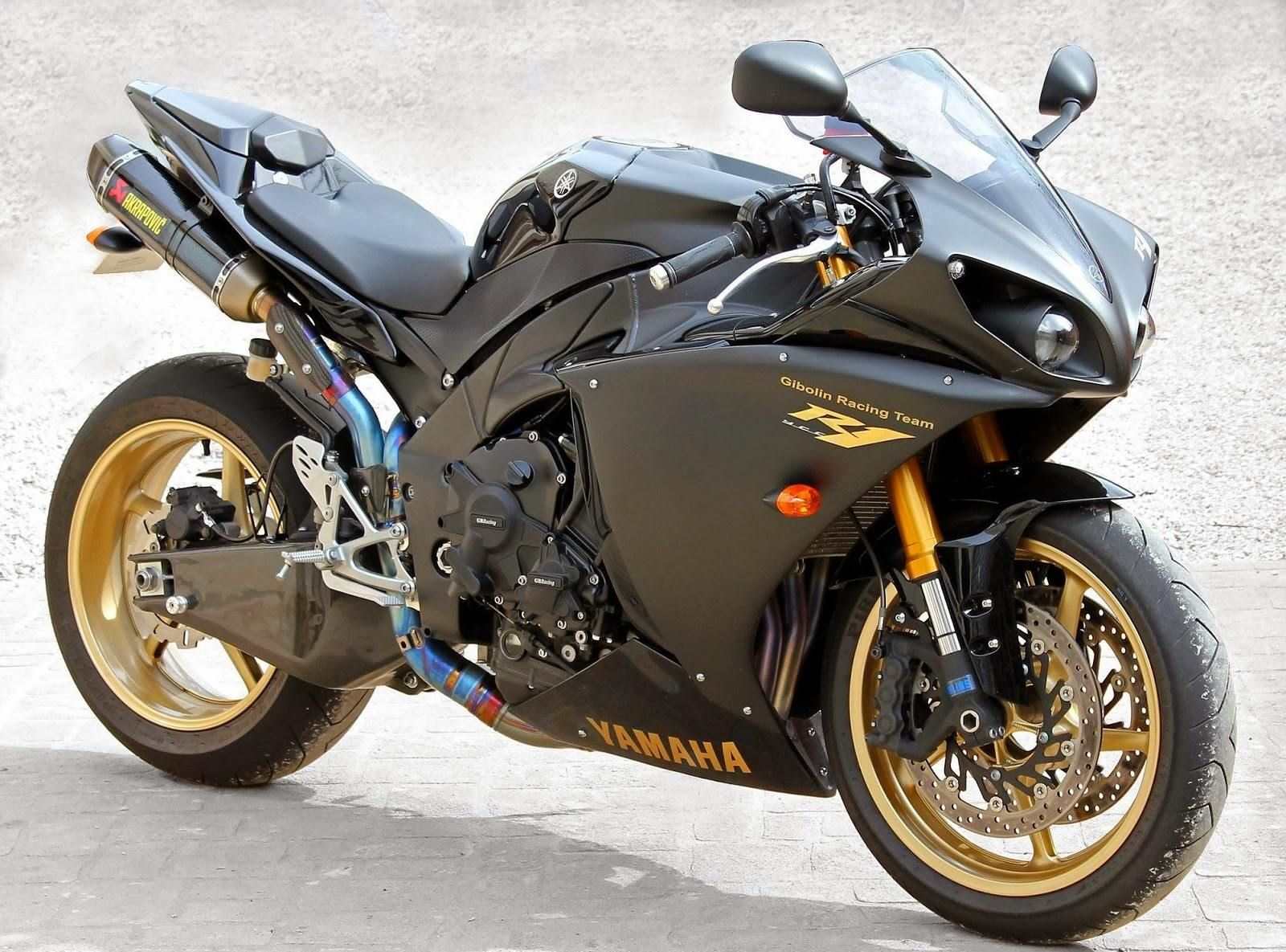 2010 yamaha r1 black edition akrapovic exhaust r1 my dream pinterest yamaha r1 and exhausted. Black Bedroom Furniture Sets. Home Design Ideas