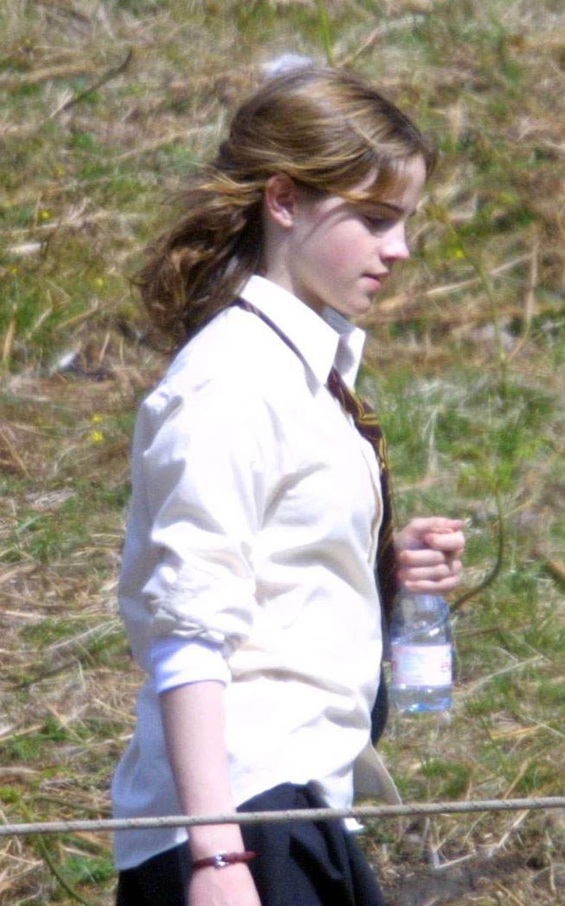 Emma In Harry Potter And The Prisoner Of Azkaban Harry Potter Cast Harry Potter Images Emma Watson