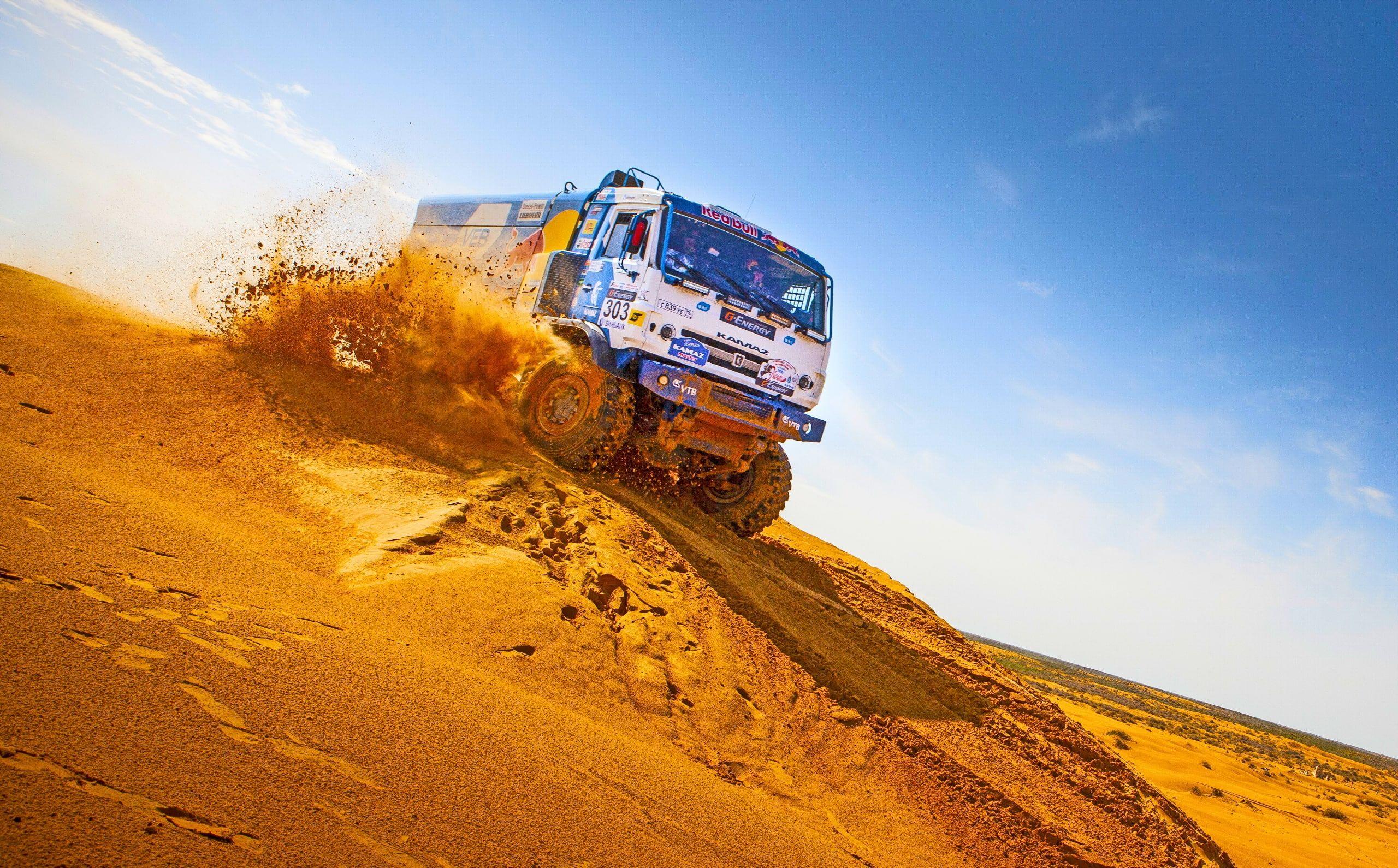 Desert Rally Truck Vehicle Racing Dakar Rally Kamaz 2k Wallpaper Hdwallpaper Desktop In 2021 Dakar Racing Hd Wallpaper
