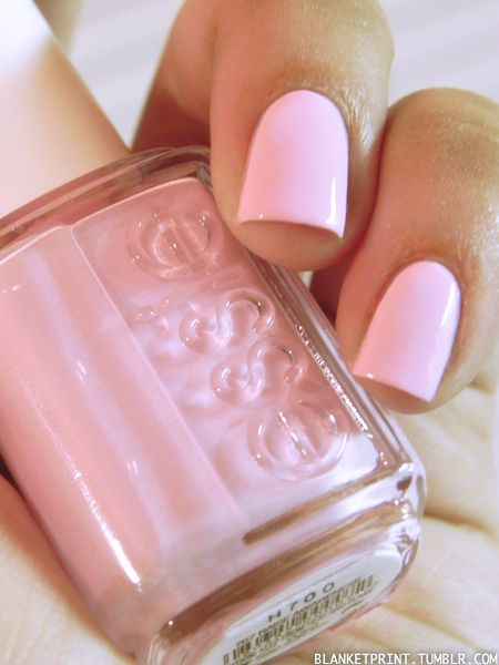 ♔Love this cotton candy pink color by Essie!