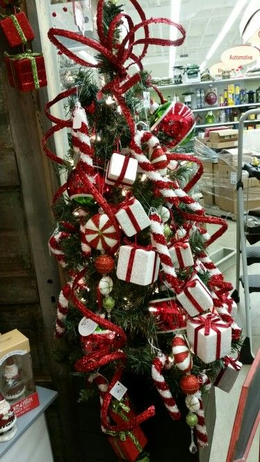 South Salem Ace Hardware Christmas Wreaths Holiday Decor Christmas