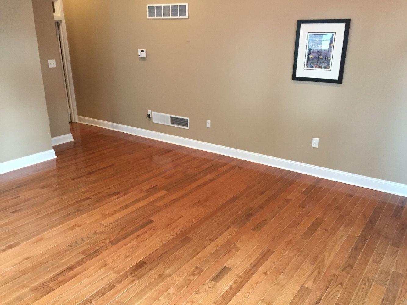 3 1 4 Red Oak In A Gunstock Finish 302 494 8179 Flooring Wood Floors Red Oak