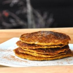 Healthy vegan pumpkin pancakes make the perfect weekday OR special weekend breakfast.