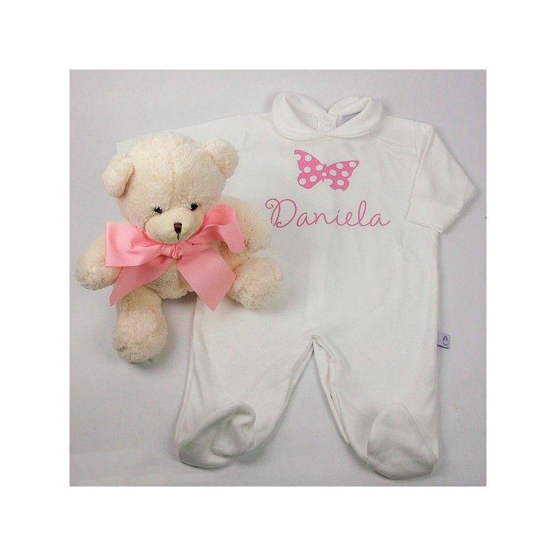 Pijama de bebé personalizado con mariposa. Divertido pijama de bebé con el nombre de la niña en la parte delantera. Precio: 24,90 €