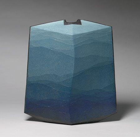 Vase with blue glaze in gradated shades - Miyashita Zenji, 2001    http://www.metmuseum.org/toah/works-of-art/2001.732