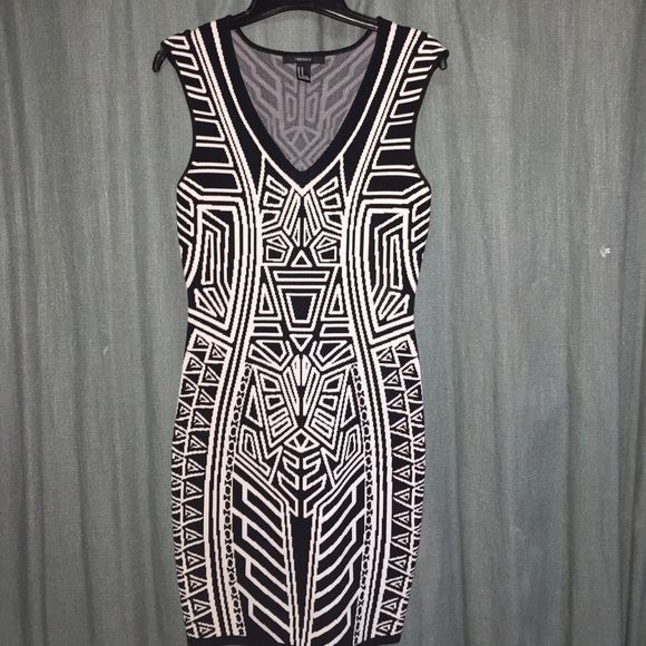Aztec Bodycon Dress Never worn! Thought I would and then I didn't. Very stretchy and flattering Dresses Mini
