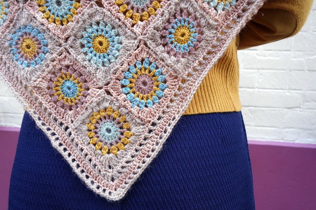 Ravelry: Dune Shawl English Version by Eclectic Gipsyland