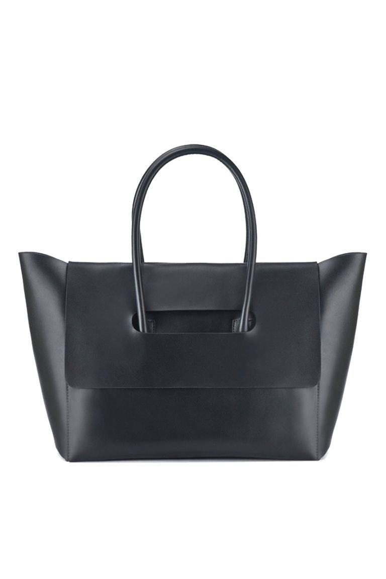 Office Friendly Bags That Are Big Enough To Hold Your Laptop