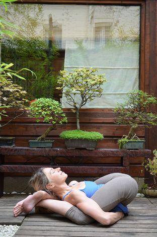 Yoga Nidrasana (2nd series ashtanga) More inspiration at: http ...