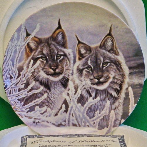 """1993 W. S. George 'Eyes of the Wild' Collector Plate, """"Eyes In The Snow"""""""