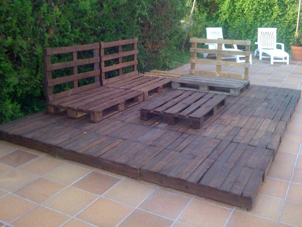 Cenador chill out con palets restaurados palets suelos - Suelo jardin barato ...