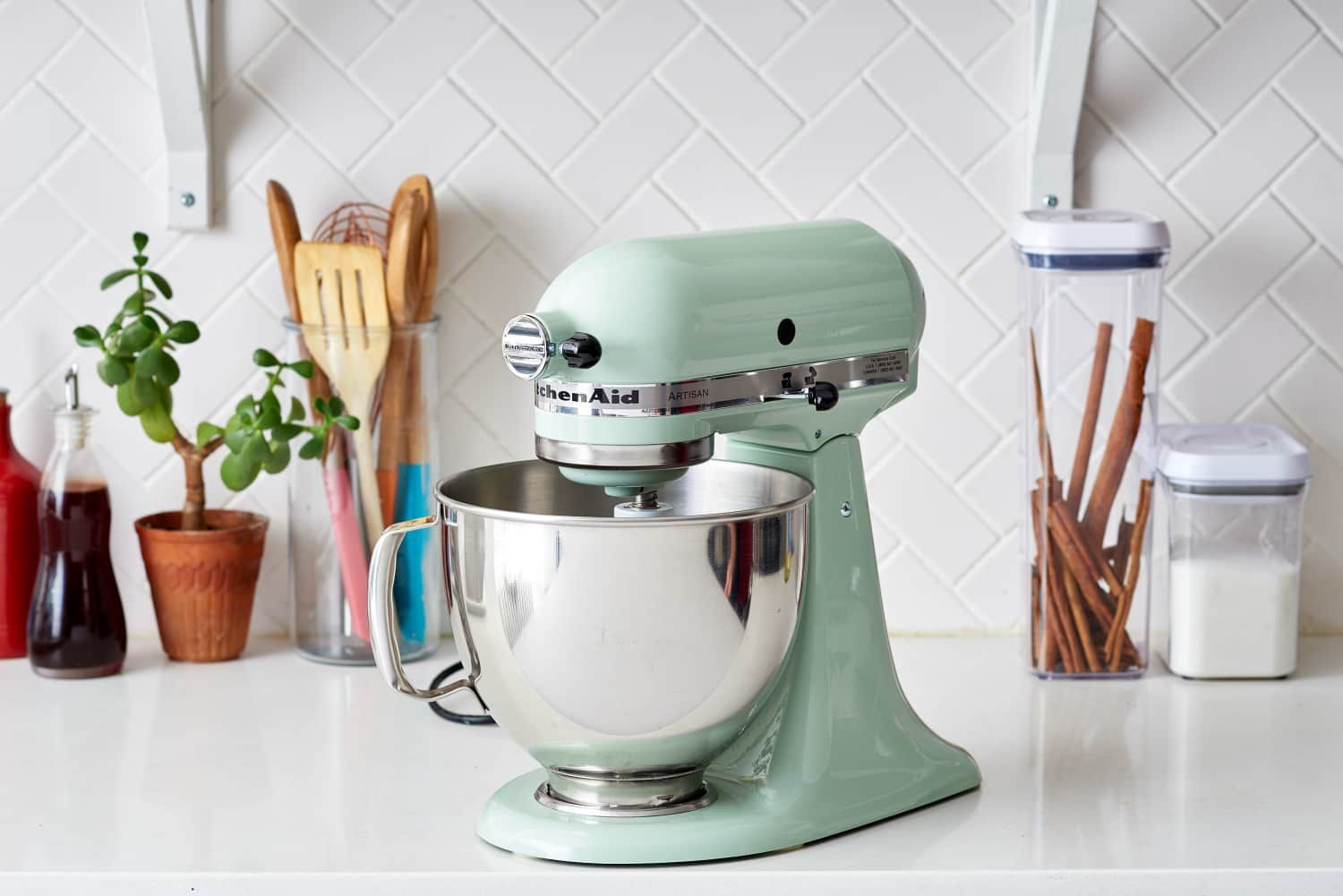 6 Things You Should Know About Your New Stand Mixer