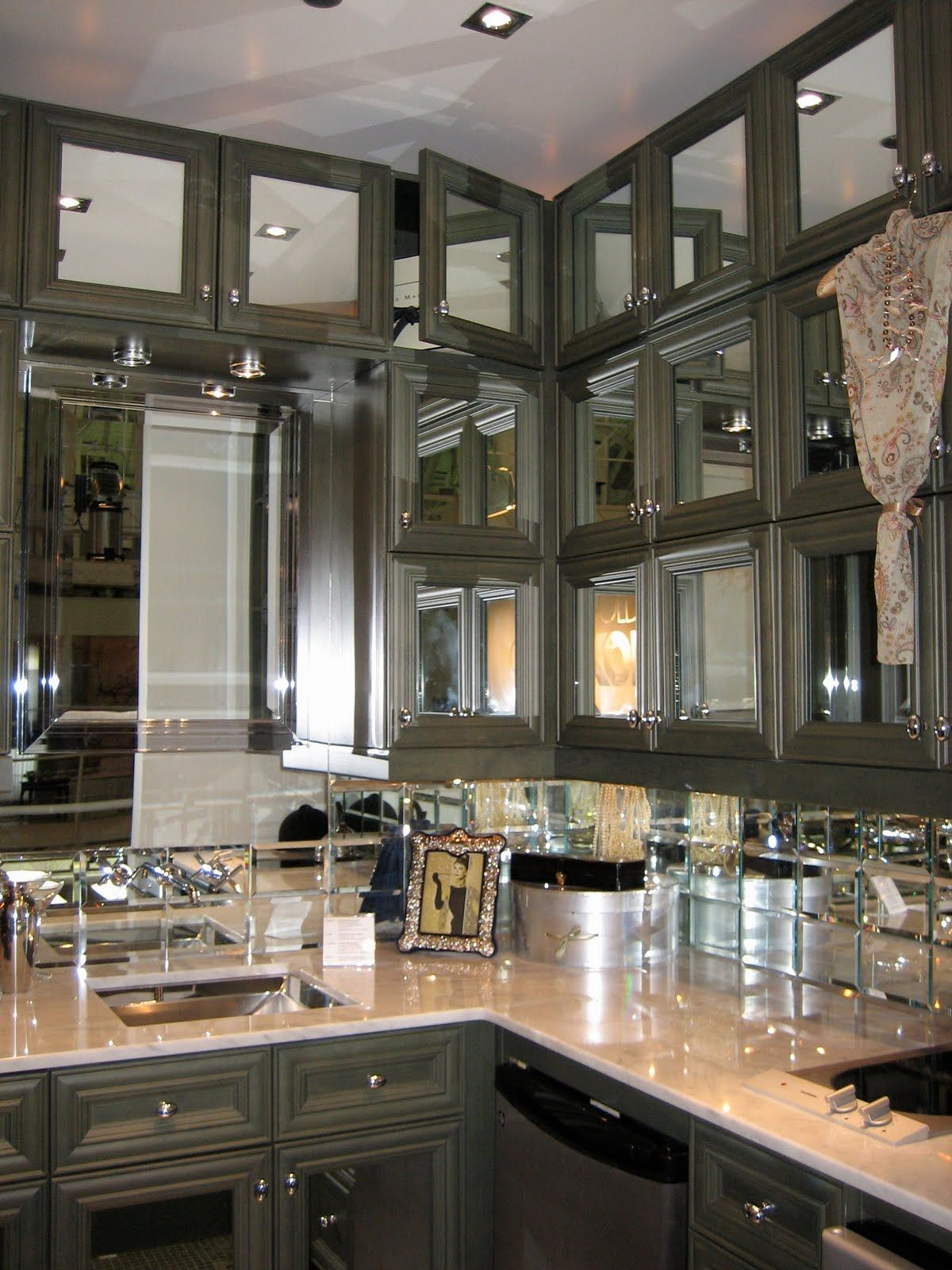 Hello Lover Kohler Design Center Mirrored Kitchen Cabinet