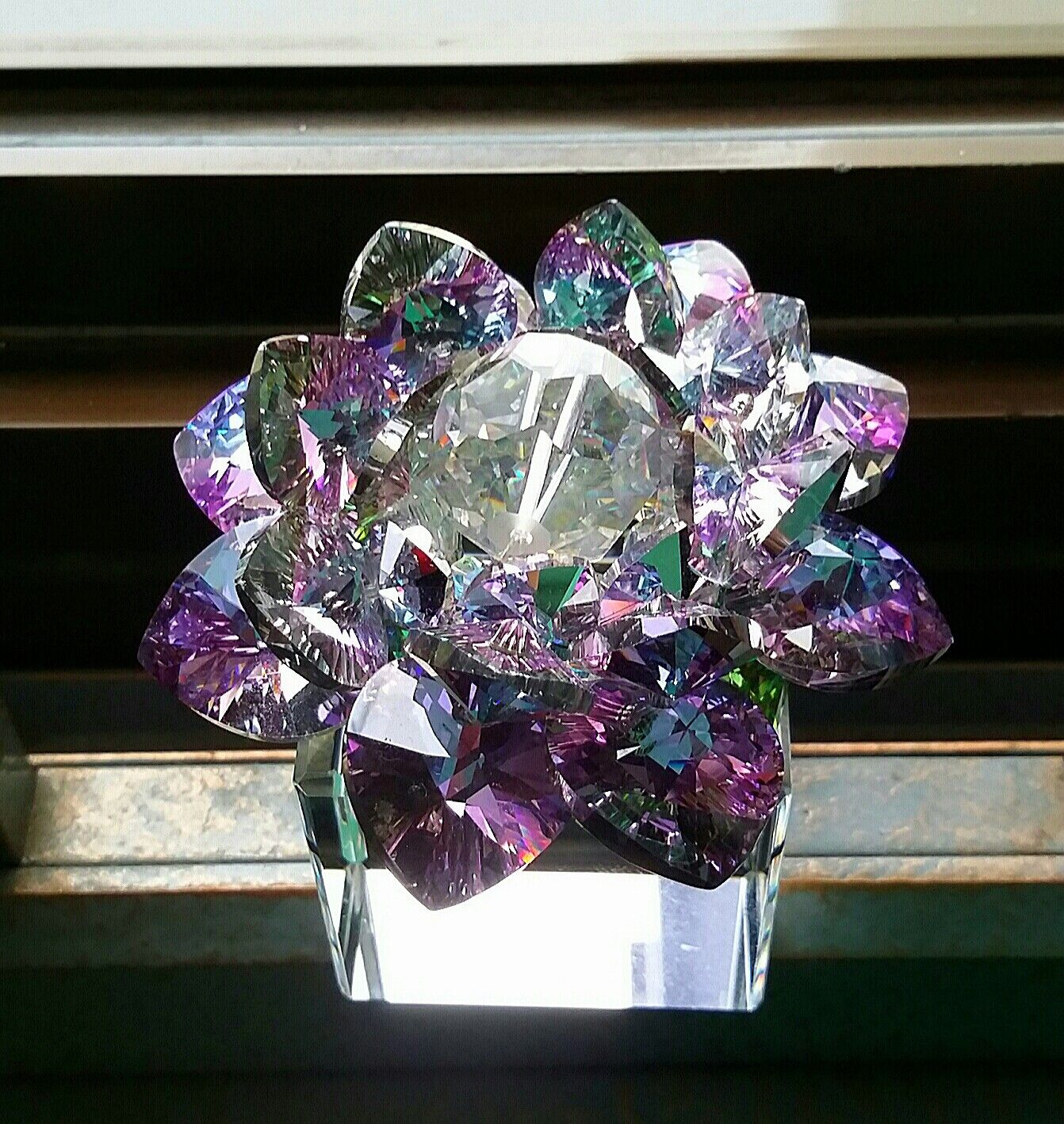 Sacred crystal lotus flower best for feng shui sacred crystal sacred crystal lotus flower best for feng shui mightylinksfo Image collections