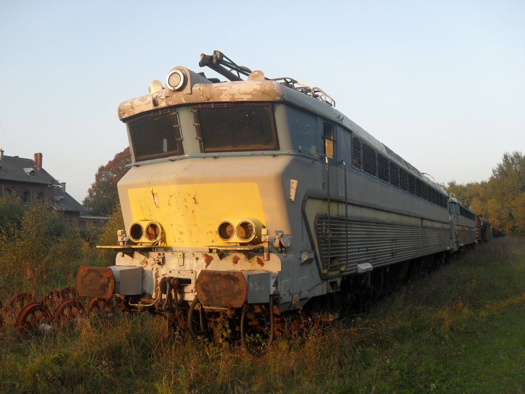 Lokomotive der belgischen Baureihe 18 abgestellt in Raeren