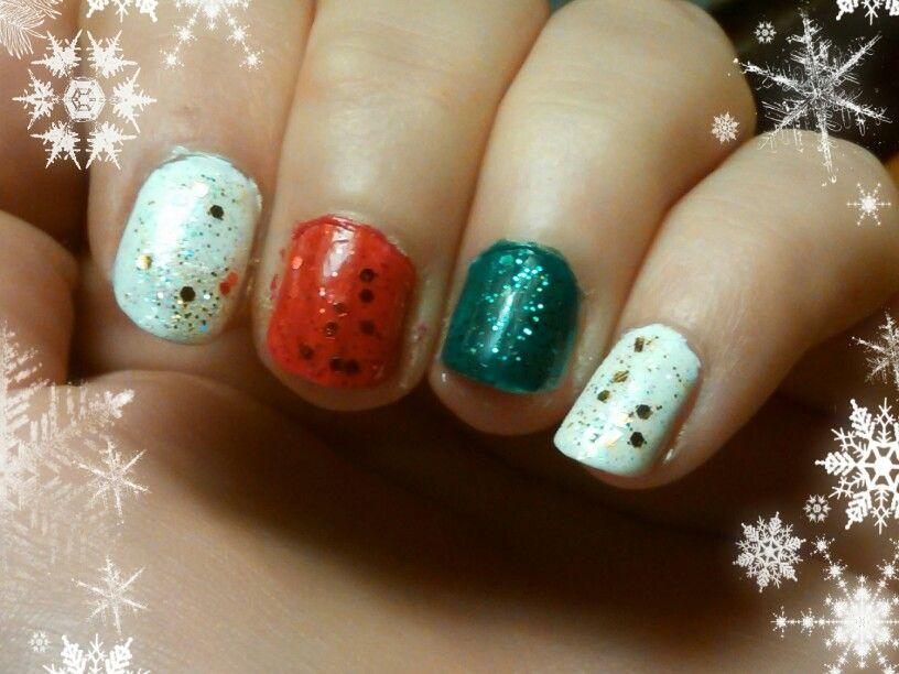 Lazy girl christmas nails