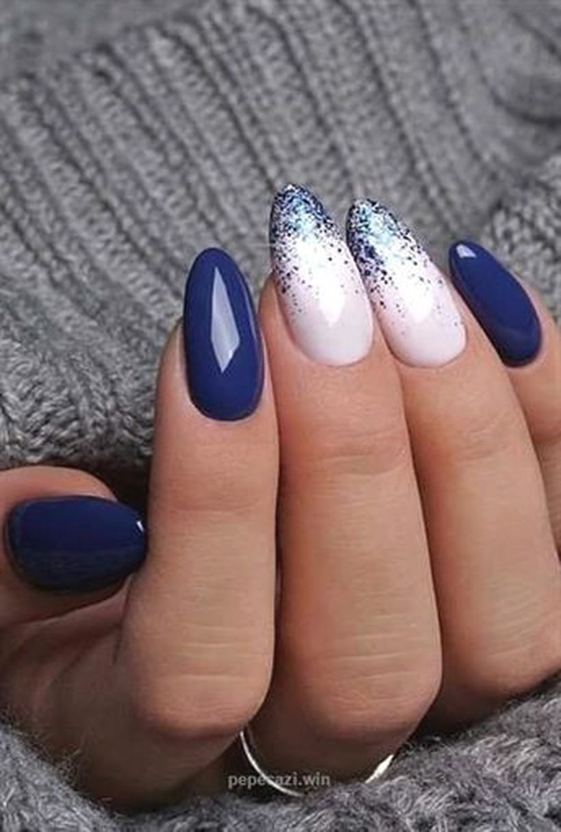25 Amazing Winter Nails Art Designs Ideas For 25   Winter nails ...