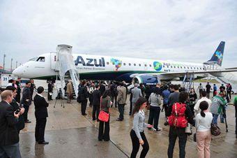 Azul realiza voo experimental bem-sucedido com biocombustível   FarolCom