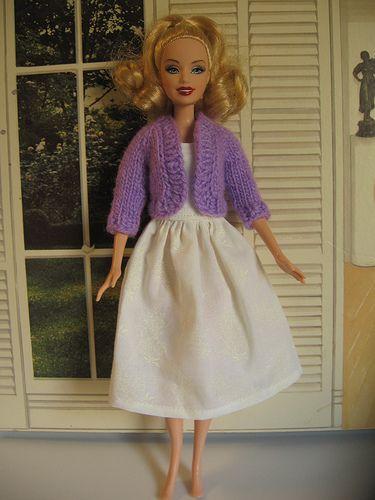 Make Barbie Clothes | Puppenkleider häkeln, Puppenkleider und Stricken