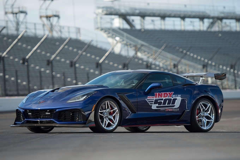 2019 Chevrolet Corvette Zr1 Indianapolis500 Pacecar 01 Motor