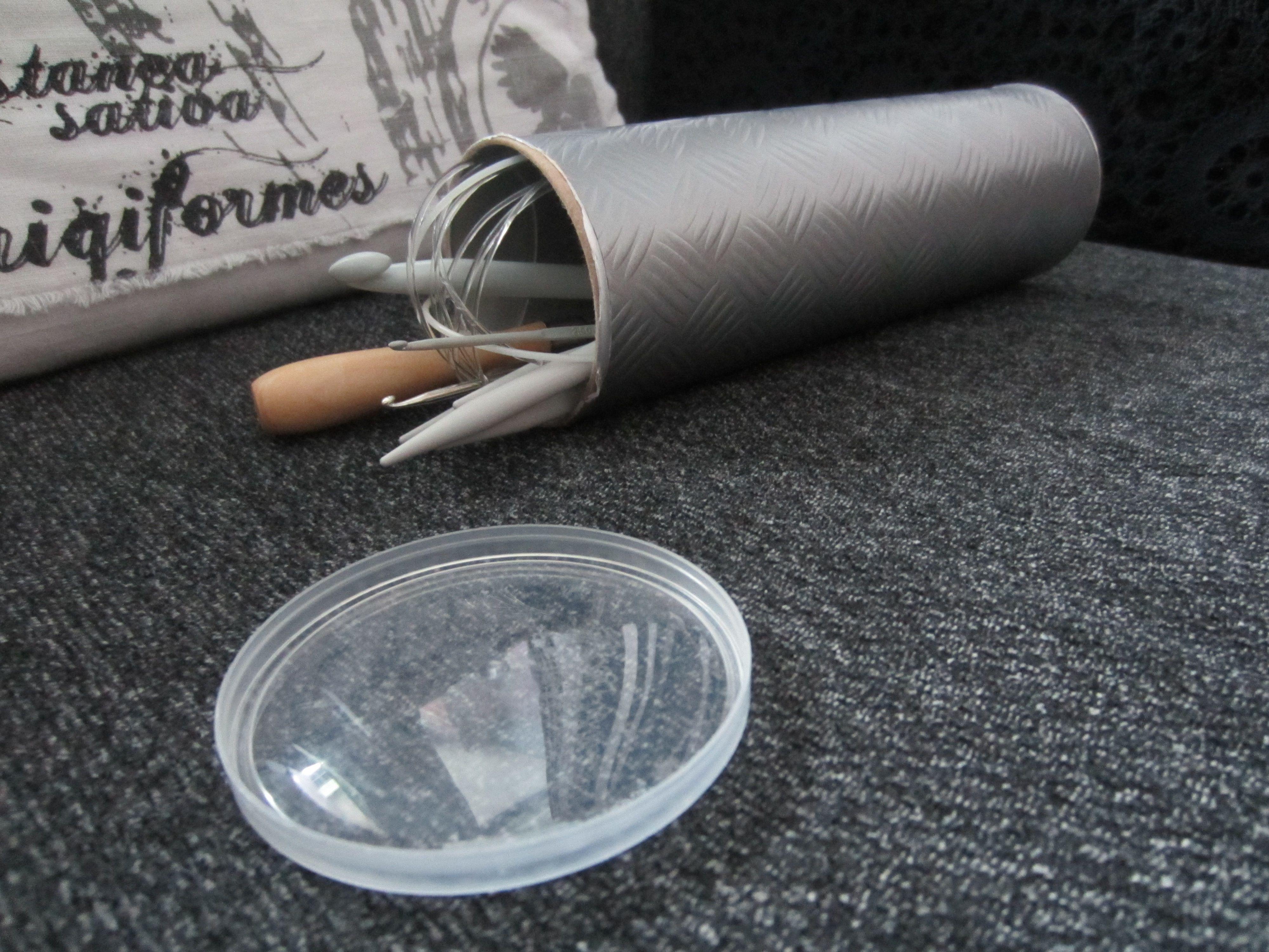 Tee-se-itse-naisen sisustusblogi: D-c-fix Covered Pringles Tube