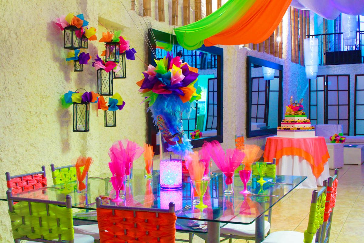 Decoracion neon fiesta sofia pinterest ne n fiestas for Decoracion y ideas