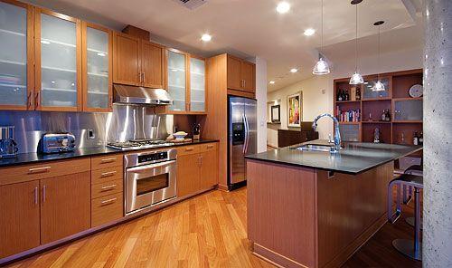Mahogany kitchen cabinets with Santos Mahogany flooring