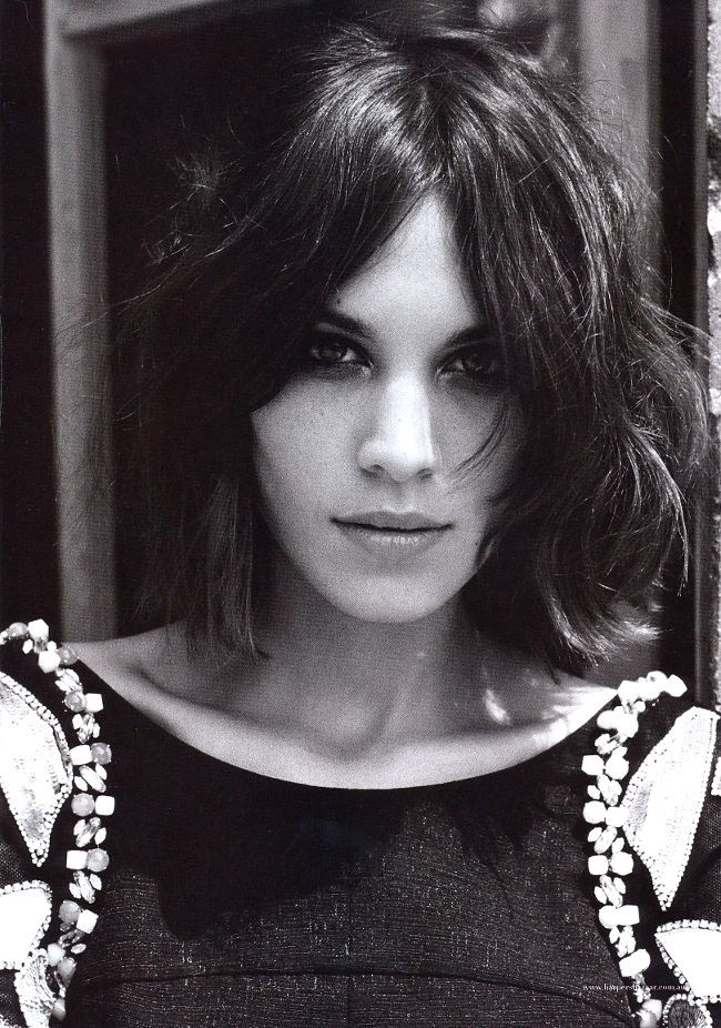 Alexa Chung: She often comes across as tomboyish, but at the same time with this strong sensual femininity. A truly modern ÜberWoman.