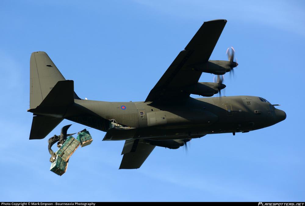 lockheed c130 hercules royal air force offairport 07
