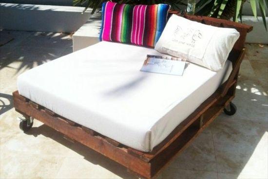 gartenmöbel aus paletten – trendy außenmöbel basteln - bett auf, Hause deko