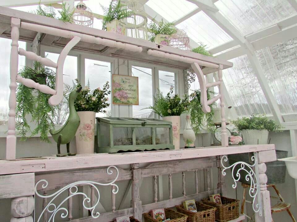 shabby chic garden shed interior at penny 39 s vintage home. Black Bedroom Furniture Sets. Home Design Ideas