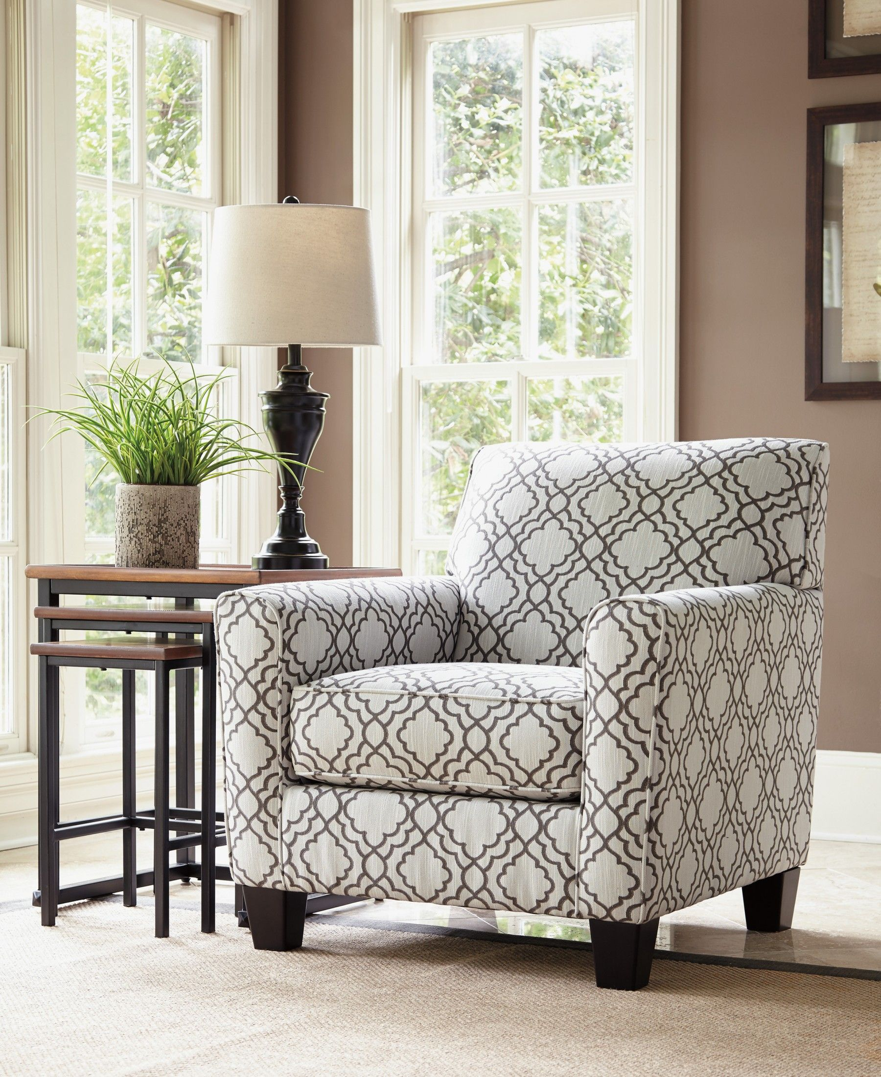 Signature Design By Ashley Farouh Pearl Accent Chair Reviews