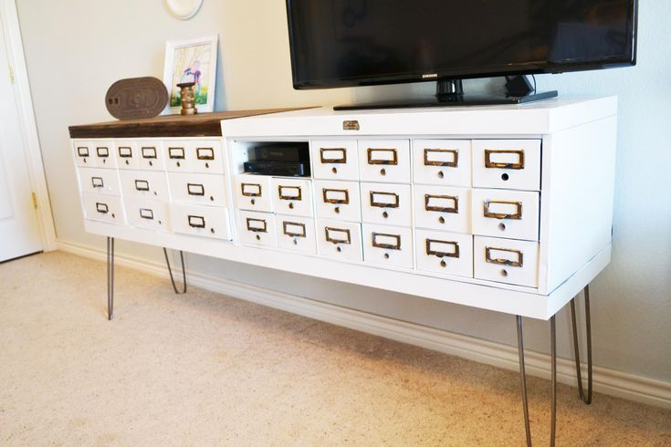 7 DIY TV Stands That Hide Ugly Cable Boxes and Wires | Diy tv stand ...