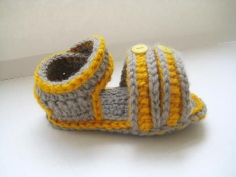Crocheting: Sporty  Crochet Baby Booties Pattern