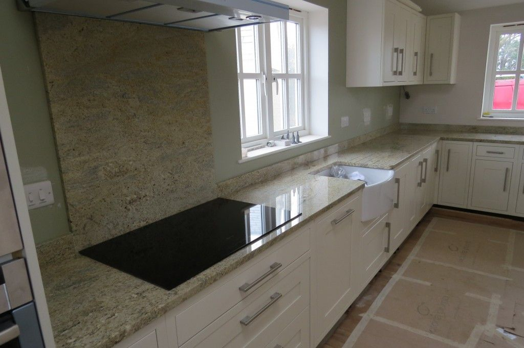 Kashmir gold granite kitchen worktops and splashback for Kitchen designs in kashmir