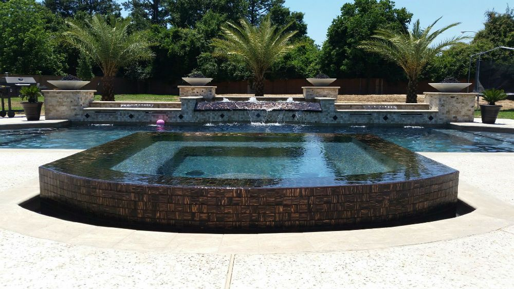 Custom Pool With Infinity Edge Spa 4 Fire Bowls And Custom Water Features House Backyard