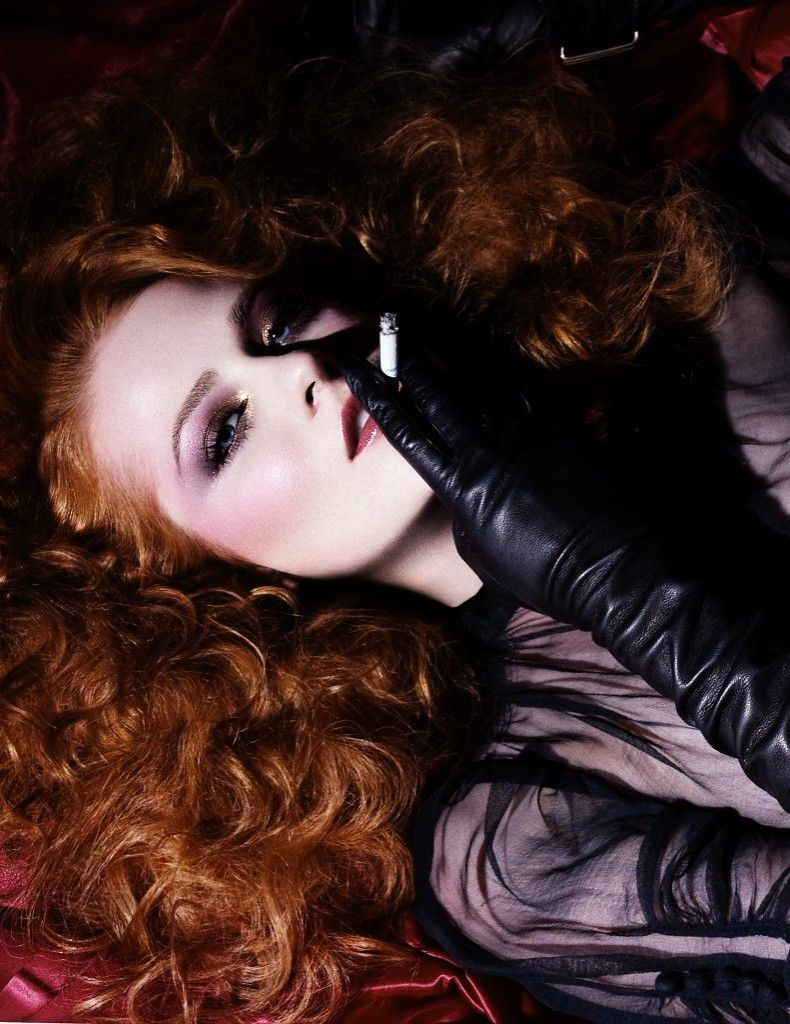 Womens leather gloves purple - Rachel Evan Wood Wearing Leather Opera Gloves
