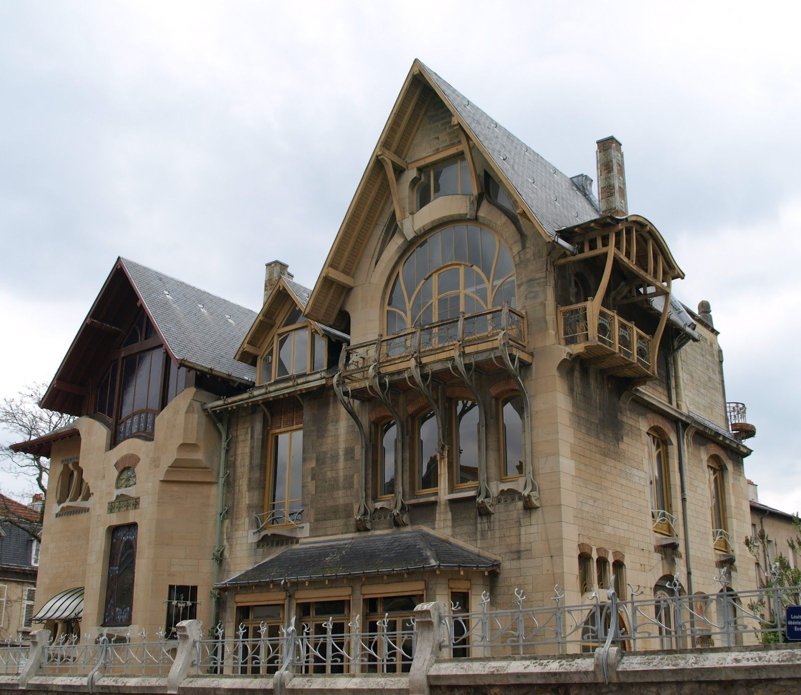 Www Italialiberty It Theworldartnouveau Art Nouveau A Nancy La