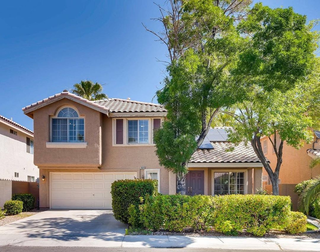 Home for Sale in Summerlin  movein ready home