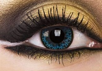 Love the eyelashes and eye color ❤