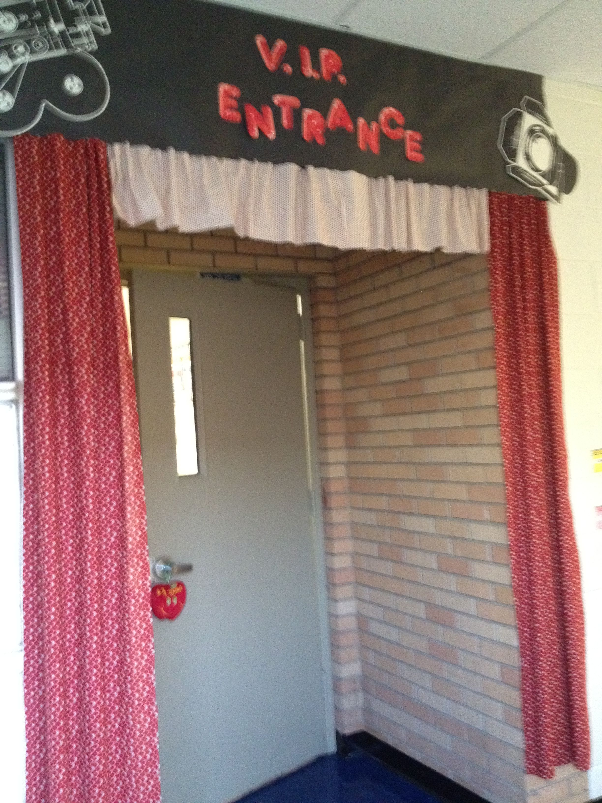 Vip Entrance Curtains And Sign Around The Classroom Entrance Hollywood Theme Classroom Classroom Curtains Hollywood Classroom