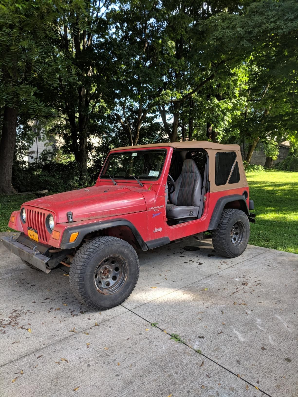 Red Jeep Tj Spice Soft Top In 2020 2006 Jeep Wrangler Jeep Wrangler Soft Top 1997 Jeep Wrangler