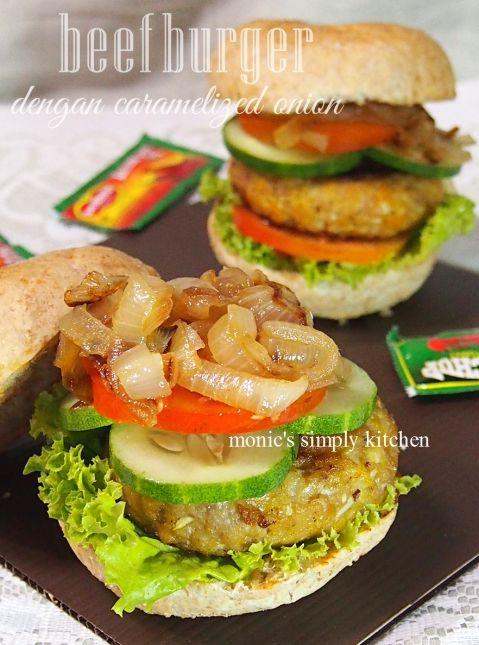 Resep Beef Burger Dengan Caramelized Onion Monic S Simply Kitchen Makanan Resep Masakan Bawang Bombay